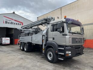 KCP 32 RZ-5 170 on chassis MAN TGS 33.400 concrete pump